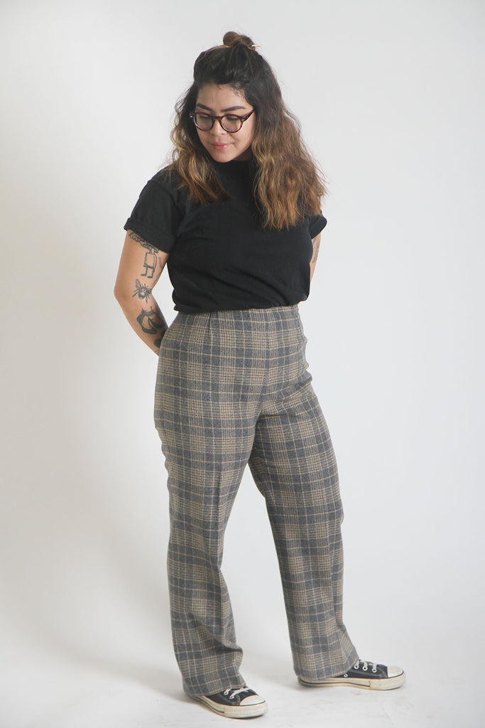 ON SALE // P&P Spring Time Plaid Pant