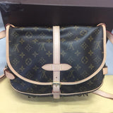 Saumur 30 Monogram. Near New! Date Code Mb4171 - Comes With Dustbag And Box Cross Body Bag