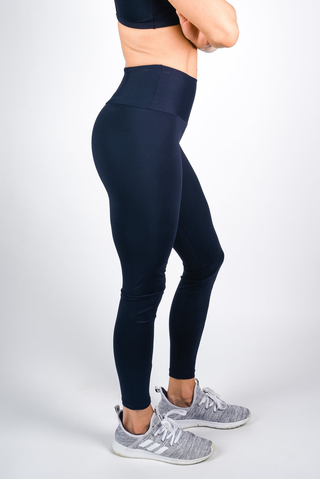 BASIC BLACK High-Rise Leggings