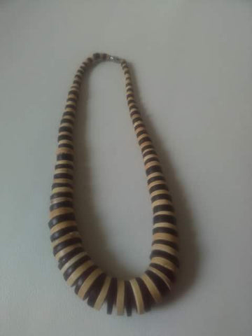 Shakea African Wood Necklace