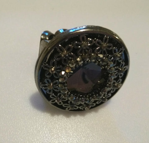 Black & Crystal Stone Round Ring