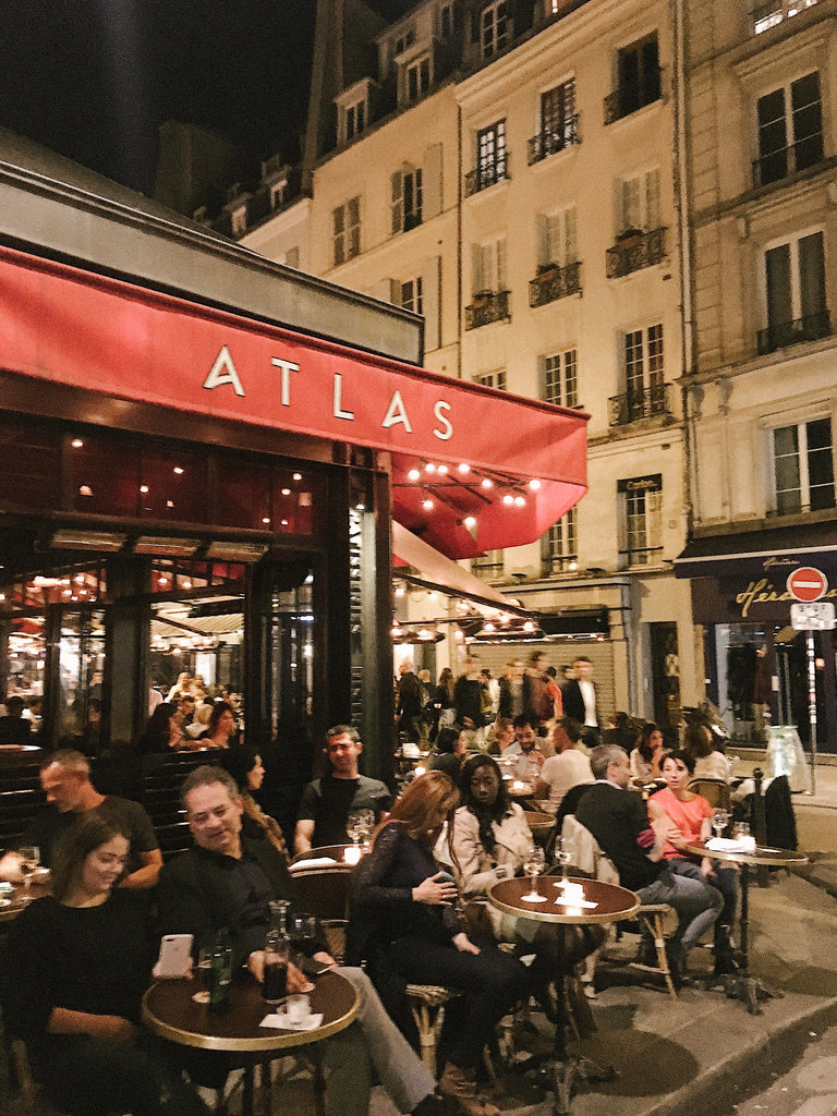 Best romantic things to do in Paris, the ultimate Paris travel guide, featured on Promptly Journals and written by Tessa Woolf: Atlas restaurant