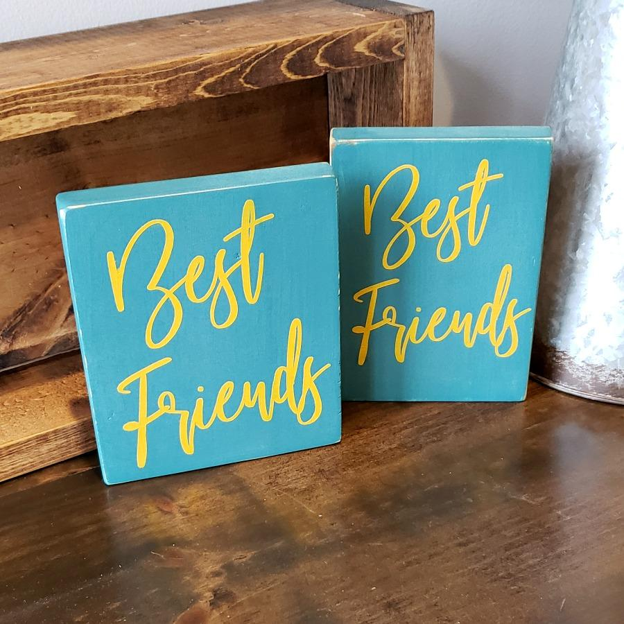 Best friends - Rustic Wood Sign - Netties Expressions