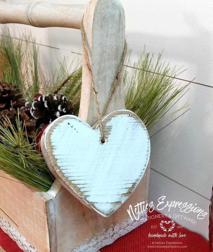 Rustic Chunky Wooden Heart - Small - Netties Expressions