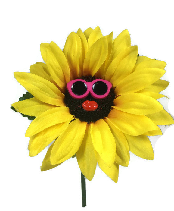 VW Beetle Flower - Sunflower with Pink Glasses