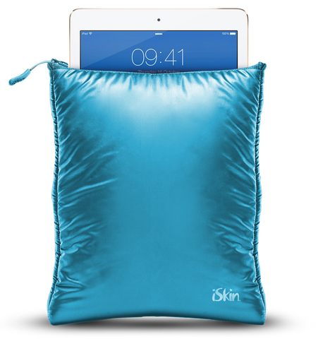 The iSkin 3 Degree Sleeve for any iPad - Blue