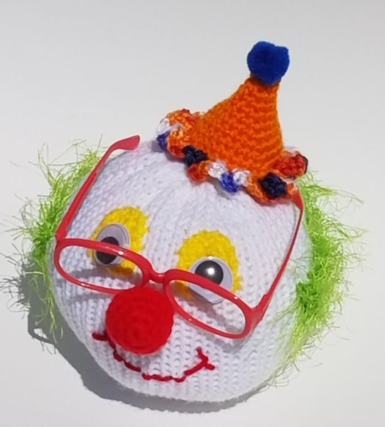 Clown Eyeglass Stand Pattern for Addi King - FREE PATTERN