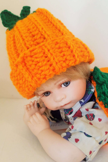 Newborn Baby Pumpkin Cocoon and Matching Pumpkin Hat, Handmade