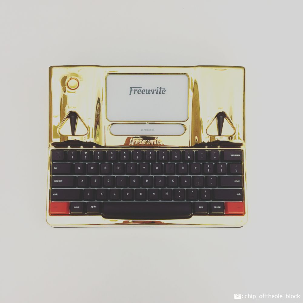 Gold Freewrite Exclusive Special Edition
