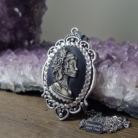 Dia De Los Muertos Sugar Skull Gypsy Feather Lady Cameo Necklace