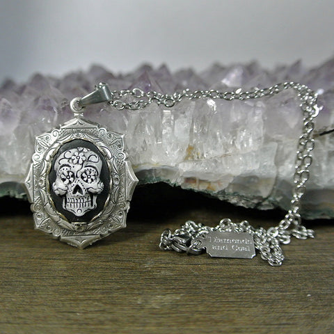 Dia De Los Muertos Sugar Skull Cameo Necklace (Mini)