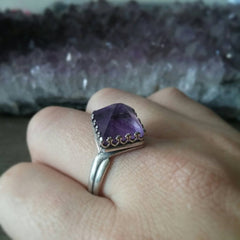 Amethyst Pyramid Luxe Ring