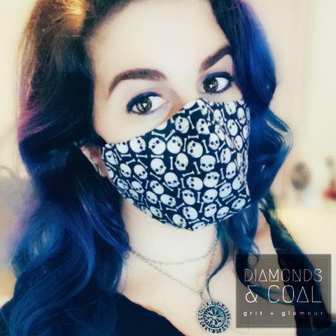 3D Face Mask with Filter Pocket - Unisex - Mini Skulls