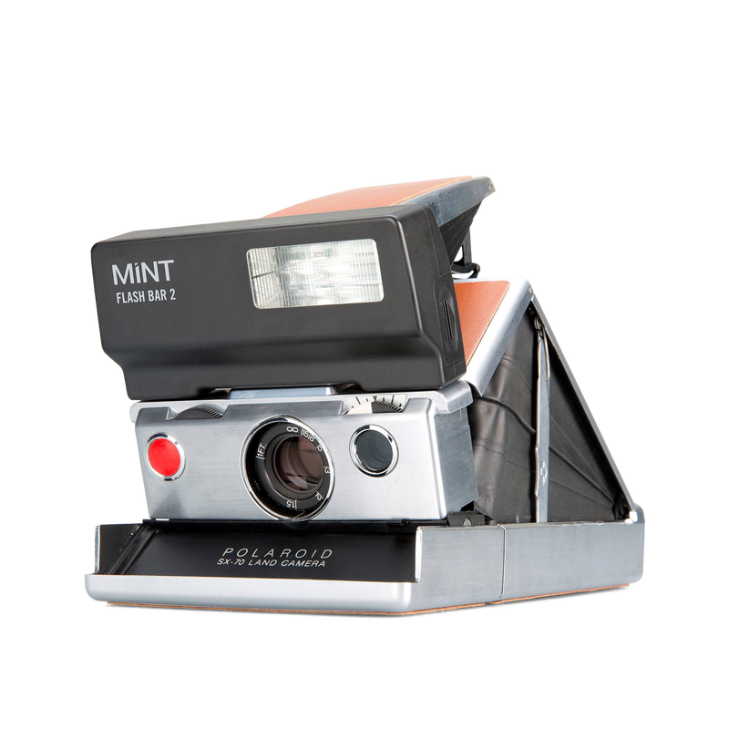 Polaroid SX-70 Instant Camera with flashbar