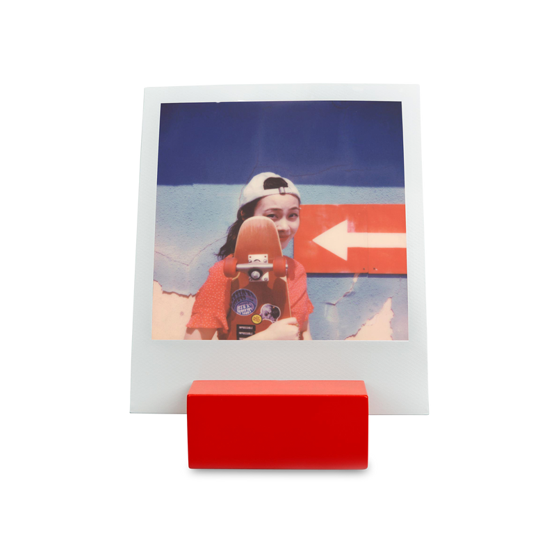 Polaroid Photo Stand red front view