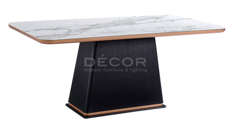SCOTIA Dining Table