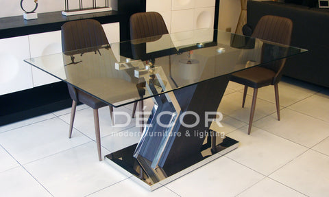 SLANT Dining Table