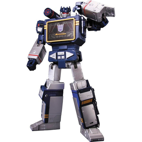 MP-13 Masterpiece Soundwave