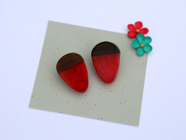 red & brown acorn clip on earrings