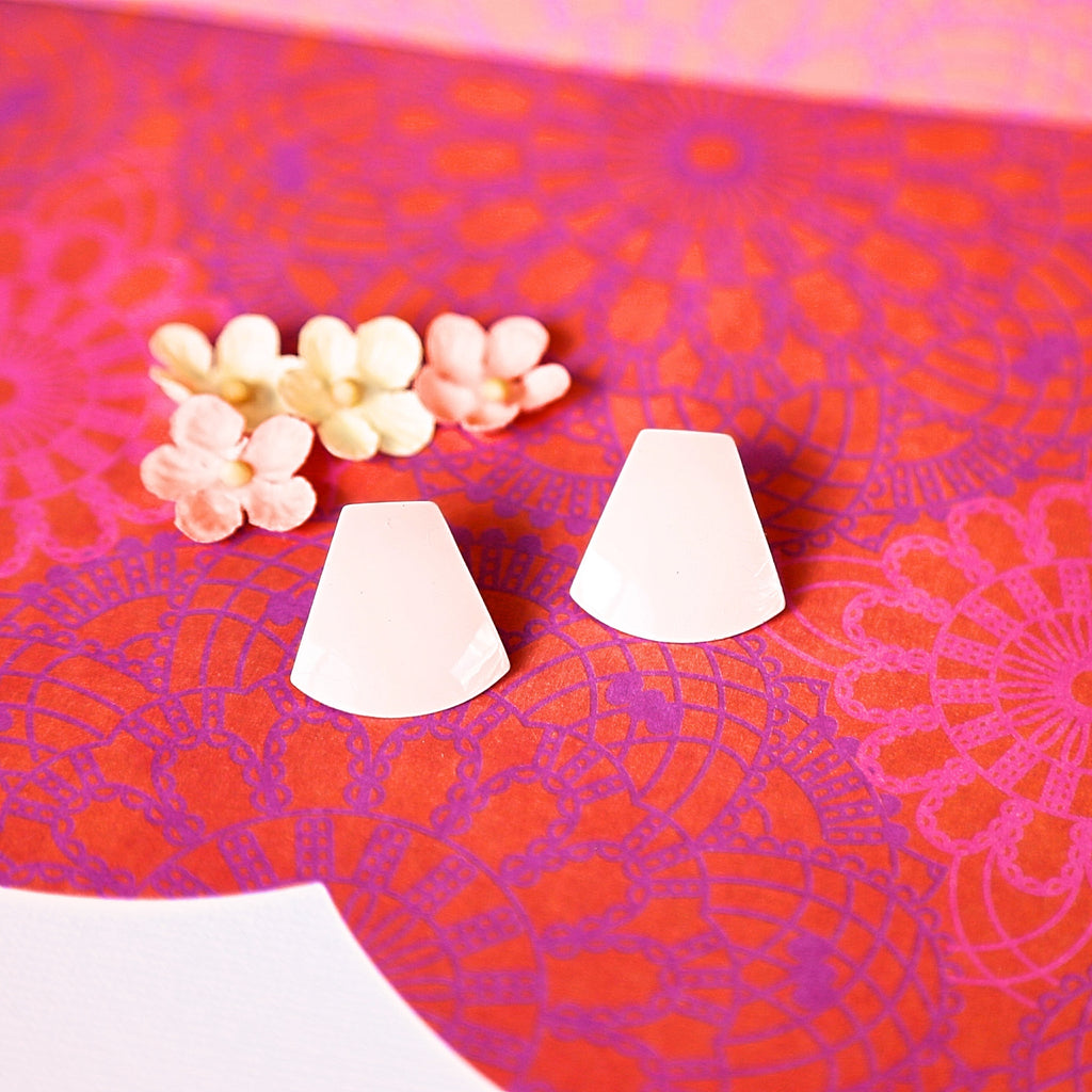 Light Pink Vintage Mod Earrings