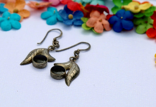 Vintage silver leaf earrings with black stone accent