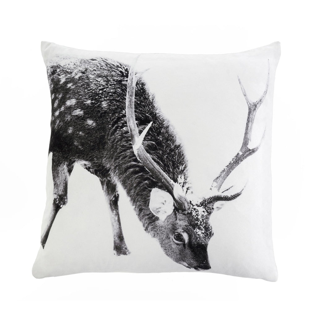 Pillow - Winter Stag (50 cm x 50 cm)