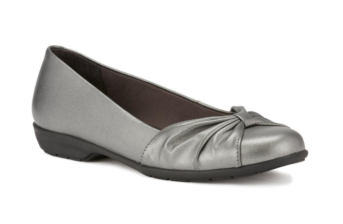 Fall: Pewter Leather