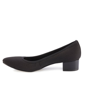 Hanna: Black Textured Stretch Fabric/Black Leather
