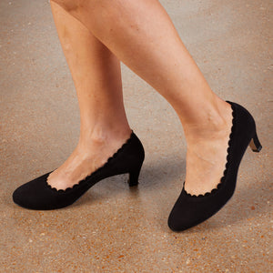 Janie: Black Suede NEW