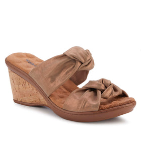 Louisa: Cipria Metallic Suede NEW
