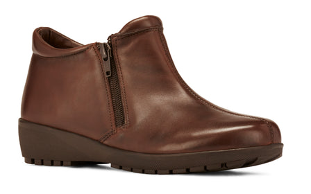Zeno: Brown Leather