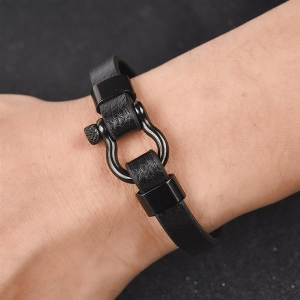 Men Leather Bracelet Stainless Steel Horseshoe Buckle Casual Bangle