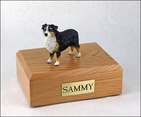 Australian Shepherd, Tri-Color TR200-536 Figurine Urn - Peazz Pet - 1