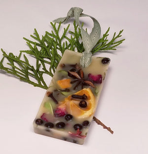 Citrus and Spice Scented Beeswax Sachet