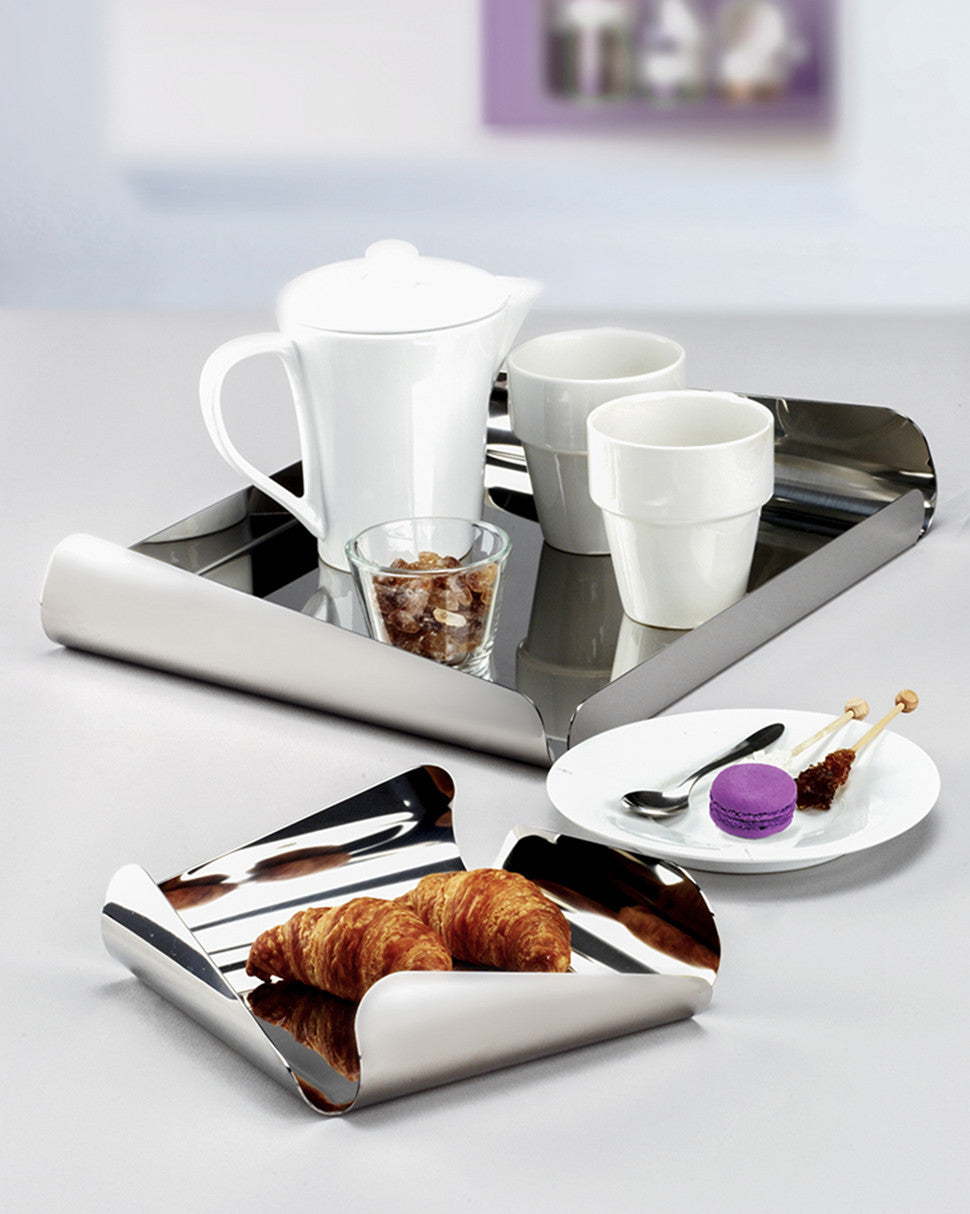 Modern large square serving tray in stainless steel grade 18/10 by Elleffe Design