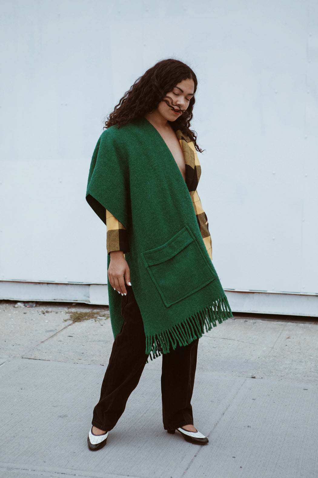 Green Oversize Wool Scarf with Pockets