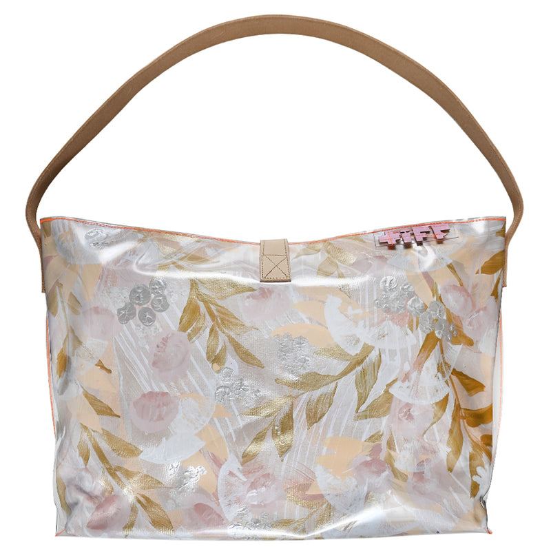 blow a kiss | bucket tote - Tiff Manuell