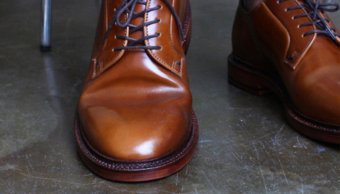 how to move crease in shoes