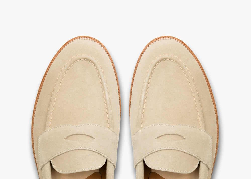 Traveler Penny Ivory Suede