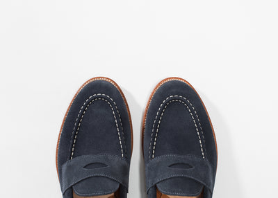 Traveler Penny Midnight Suede