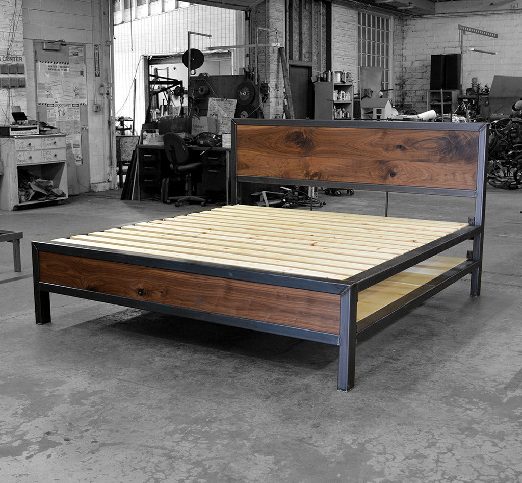 Kraftig Bed with Storage