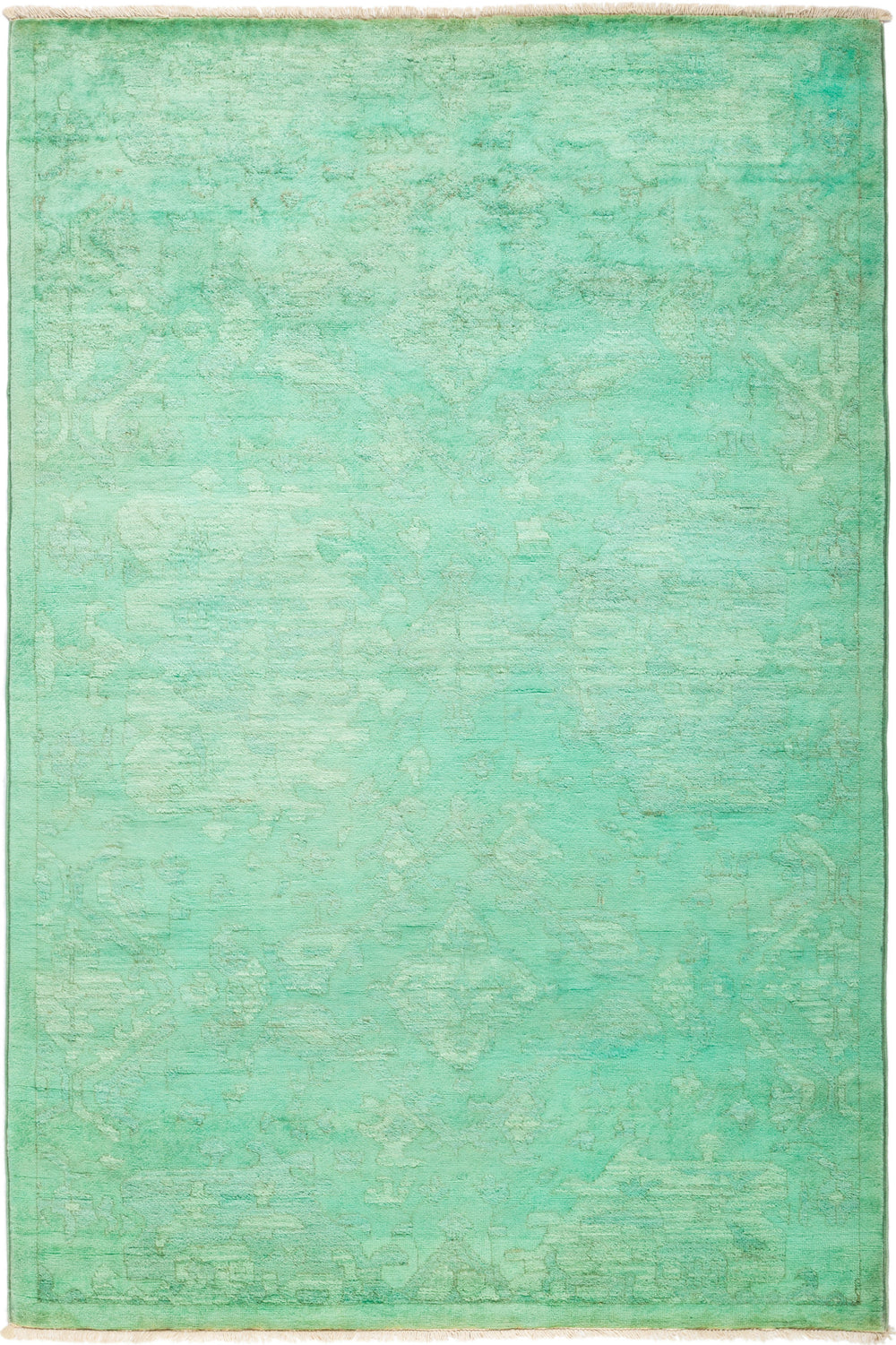 "Vibrance, 4x6 Green Wool Area Rug - 4' 1"" x 6' 1"""