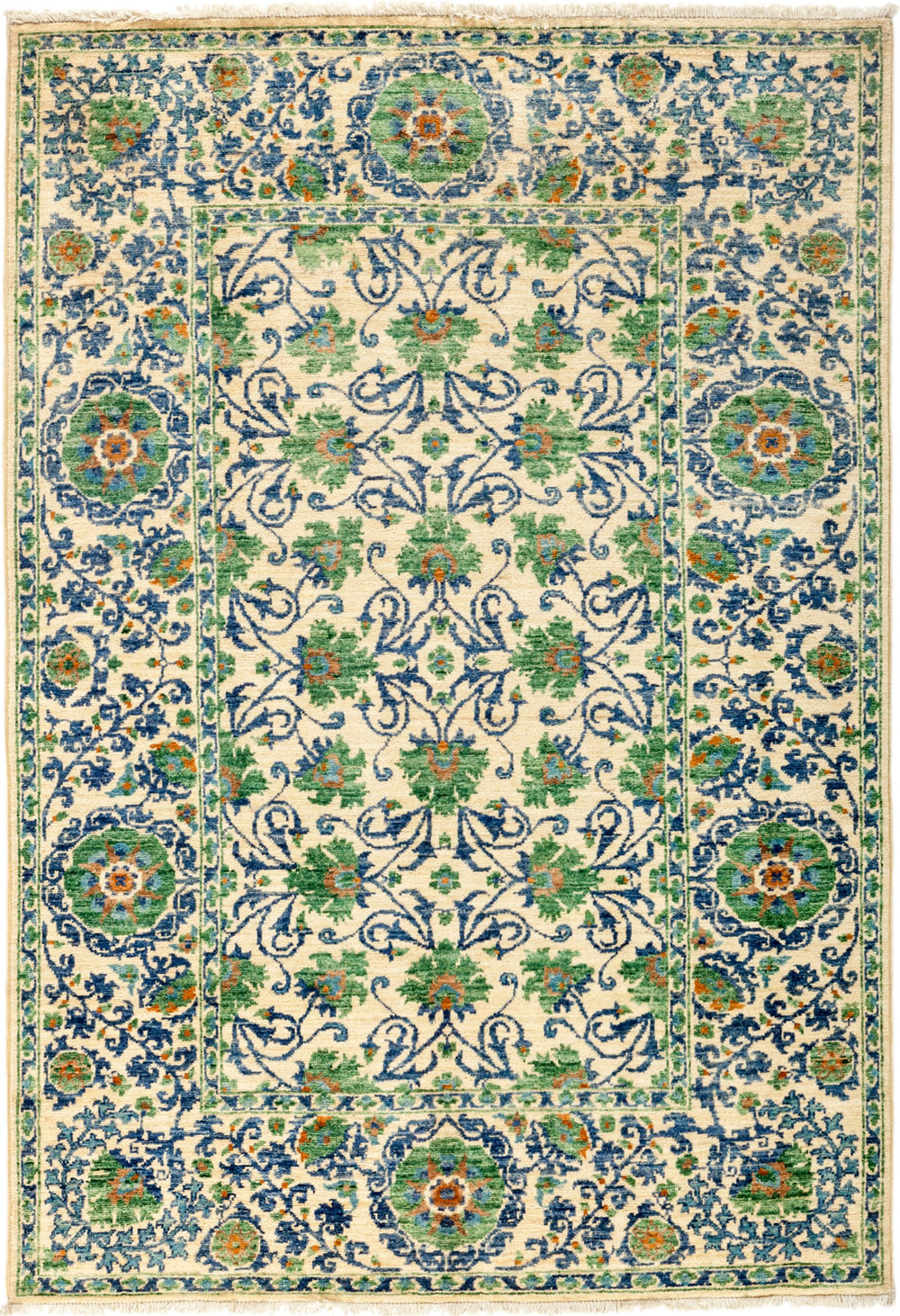 "Suzani, 4x6 Green Wool Area Rug - 4' 3"" x 6' 1"""