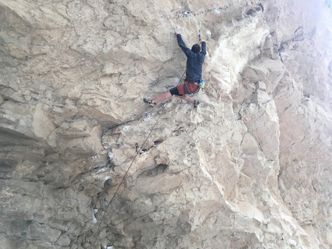 Mud Butt in Arrow Canyon Nevada Limbing