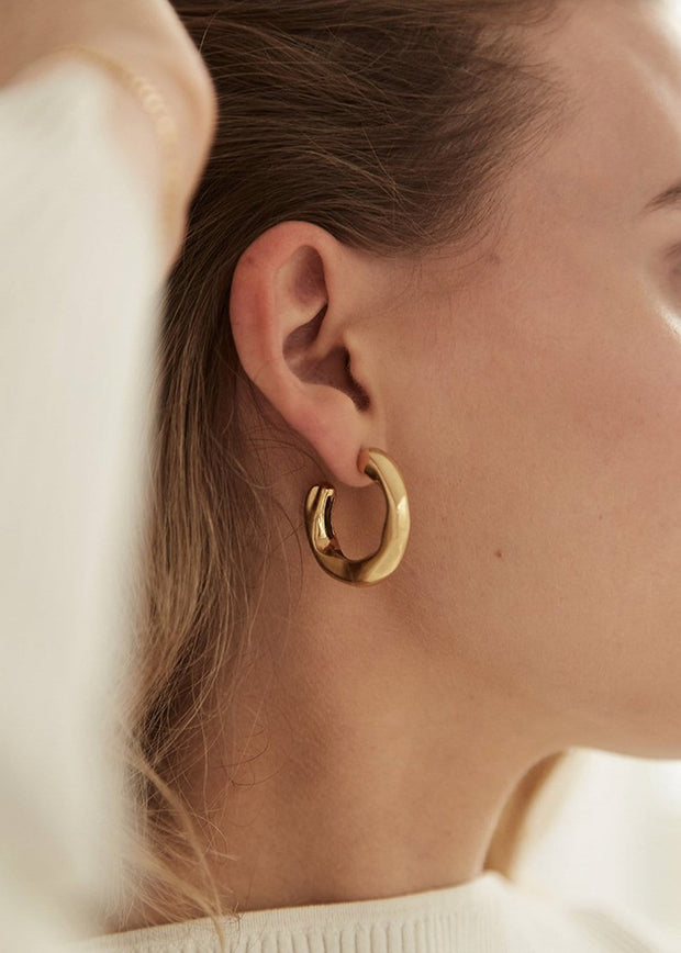 Veeda Stud Hoop Earrings