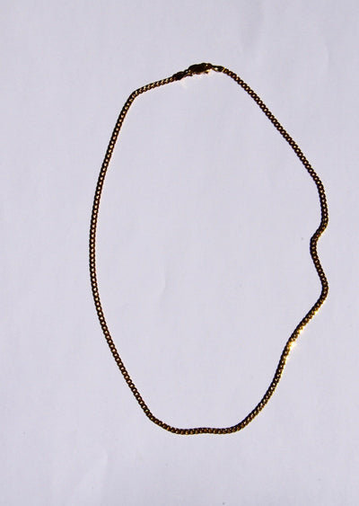 Novia Chain Gold Necklace