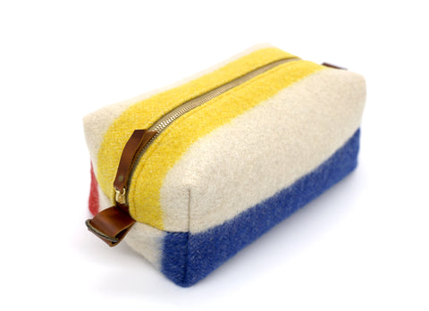 Hudson Bay Blanket Toiletry Bag blue red yellow ucan zipper brass zipper leather handles