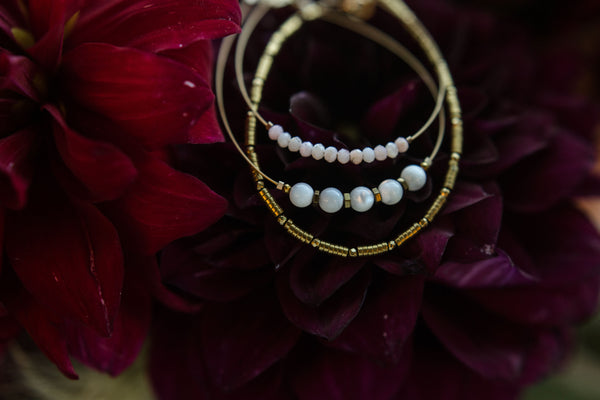 """Altman"" Mother of Pearl Gemstone Minimalist Bracelet"