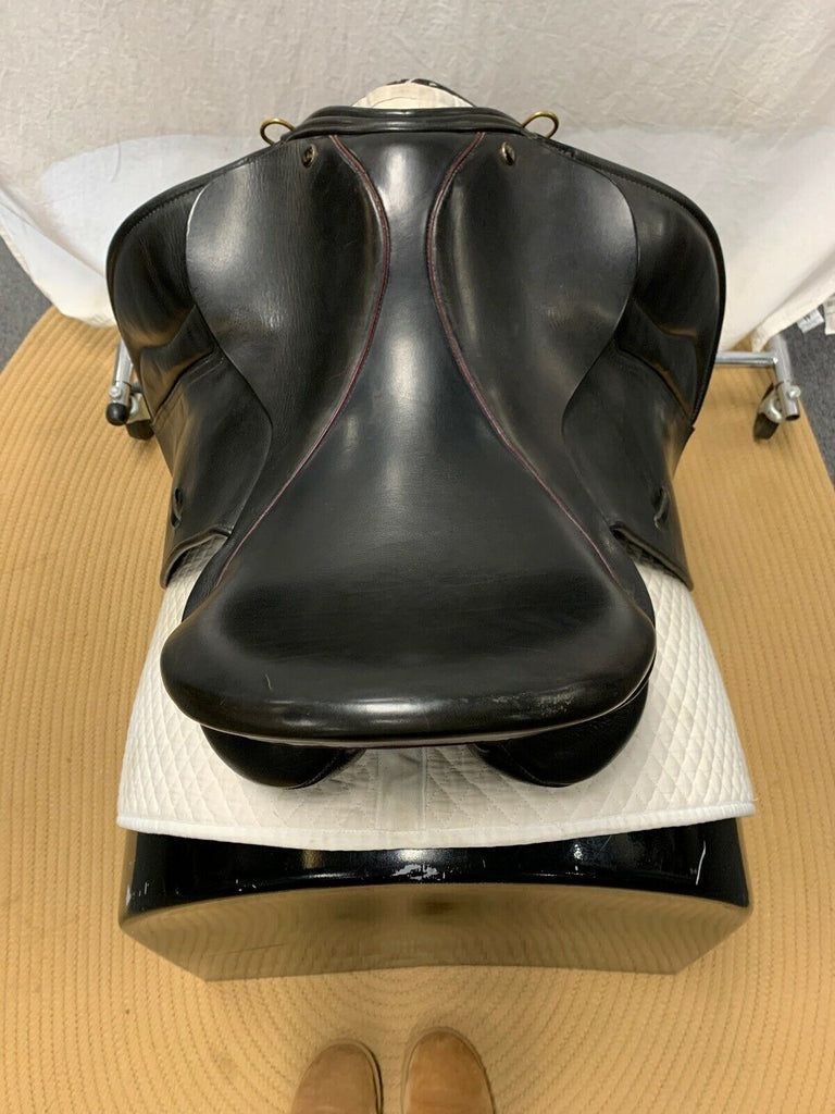"Used JRD 17.5"" Dressage Saddle"