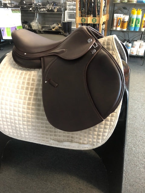 "Prestige X-Meredith 17"" Jump Saddle"